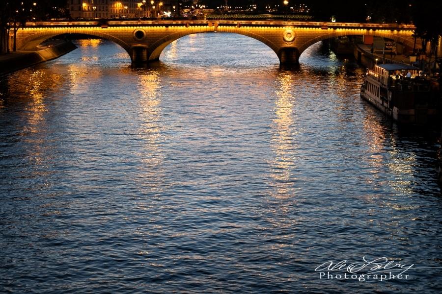 La Seine at Night