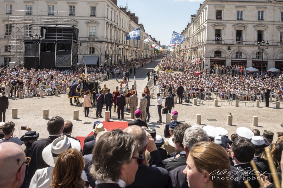 2018 Joan Salutes the Crowd,  Orleans, France, 2018