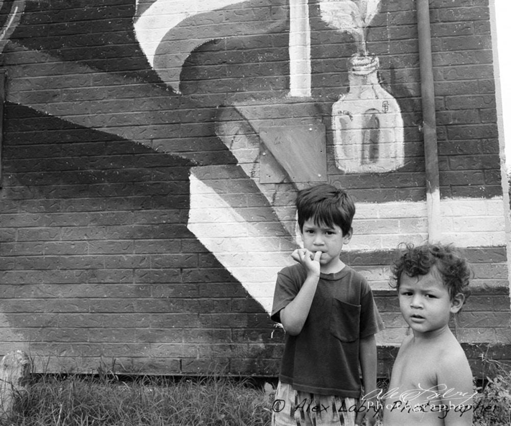 Brothers, Avance Neighborhood, San Antonio, 1990